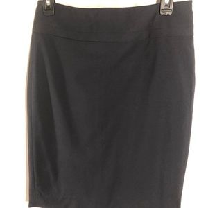 The Limited black pencil skirt lined knee length